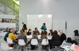 Quelle formation au design des politiques publiques ? Atelier animé par l'équipe pédagogique du DSAA Le Corbusier à l'invitation de la 27è Région. Biennale de Saint-Etienne, 2013.